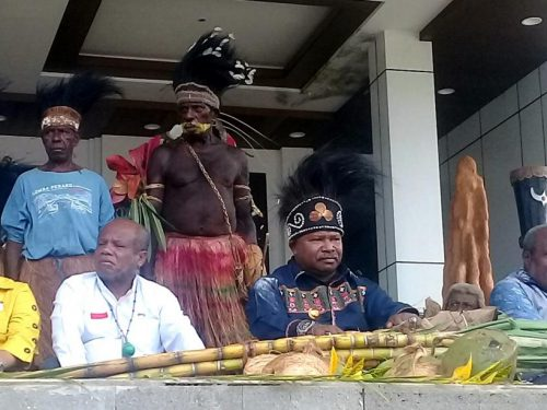 MRP diminta membentuk komisi hukum ad hoc untuk mengevaluasi Otsus Papua