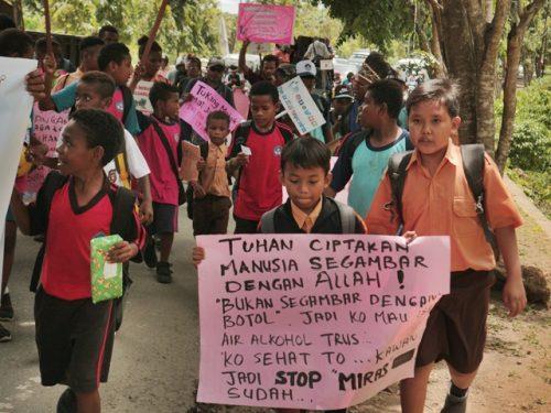 Pokja Perempuan MRP desak Pemkot Jayapura tegas tutup tempat penjualan Minol