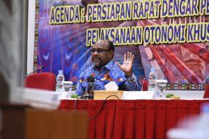 Timotius Murib ketua Majelis Rakyat Papua (MRP) - Humas MRP